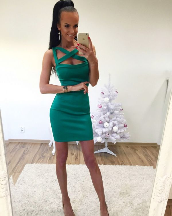 Bodycon dress with strong fabric (green)