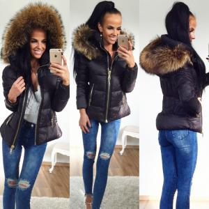 Warm jacket with large natrual fur (black)