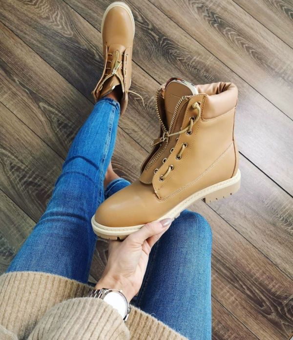 Camel Comfort Boots With Golden Details