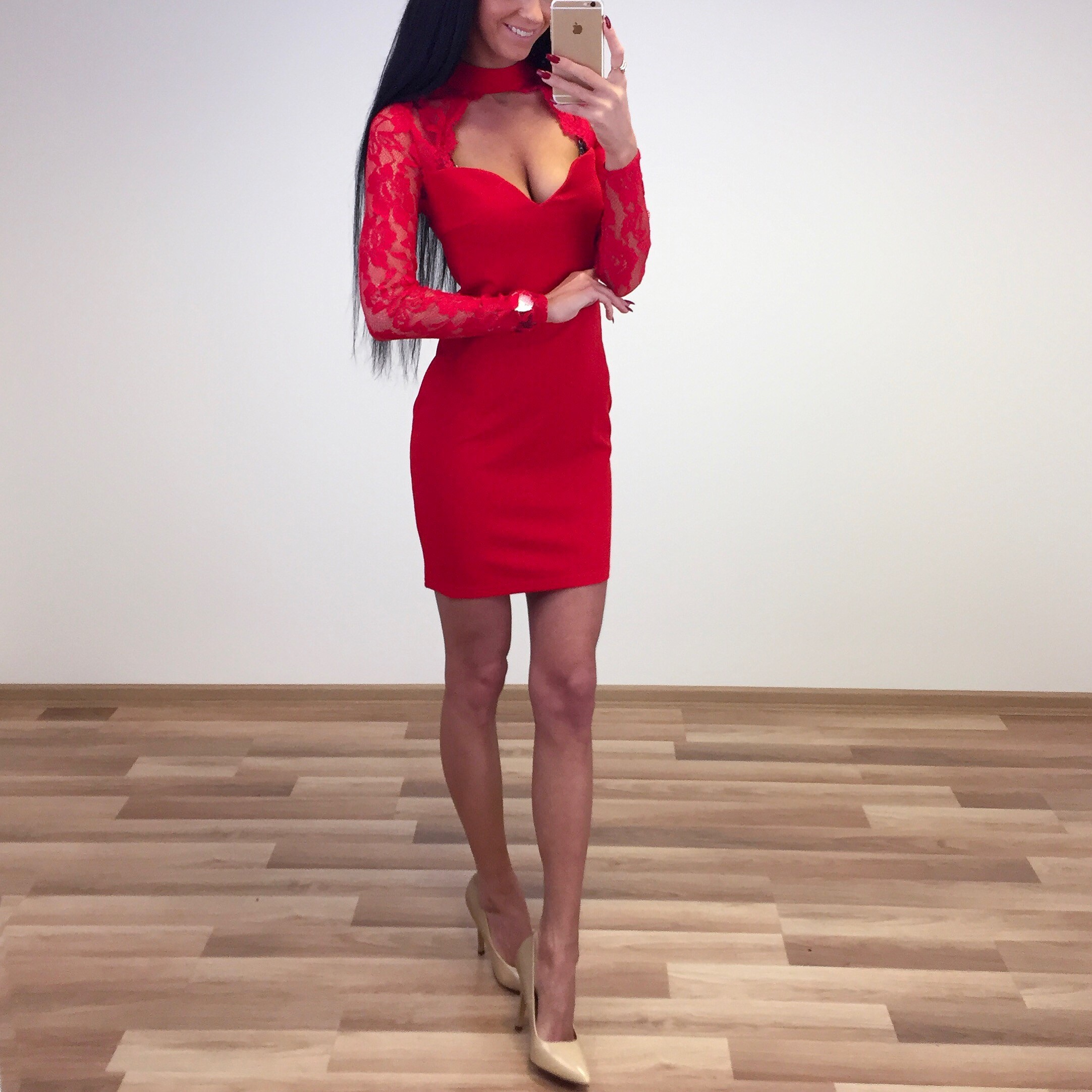 6f1b553b190 Pitsiga choker kleit - AIRILY