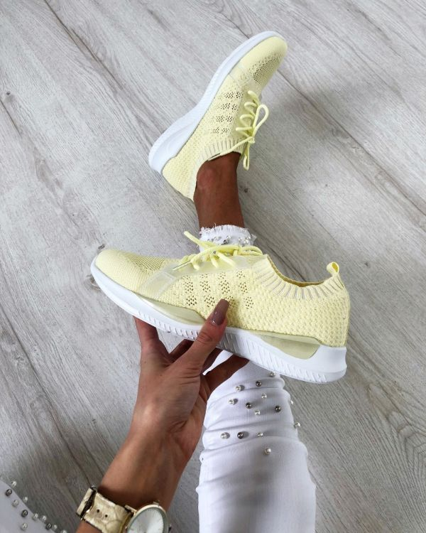 Super light and comfortable casual shoes (yellow)